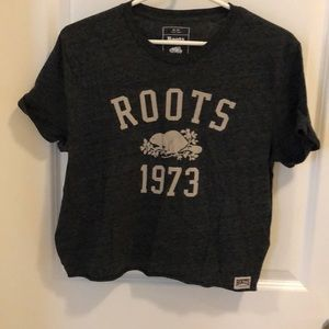 Roots crops T-shirt size M